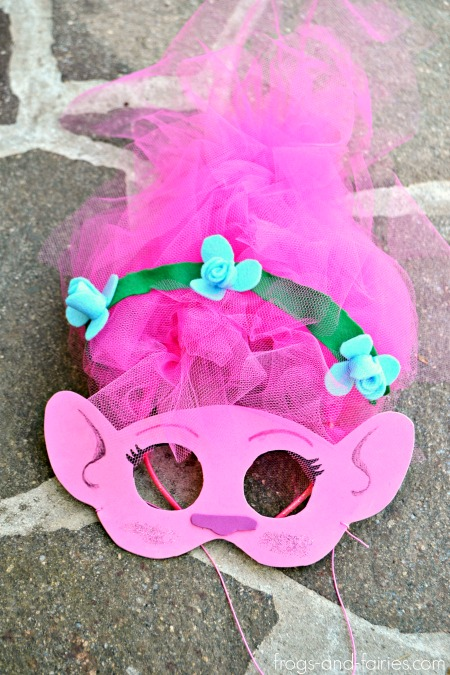 DIY Trolls Inspired Masks and Hair Headbands: POPPY